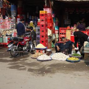 Pakistan market small.jpg