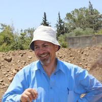 Salah Al-Houdalieh author photo