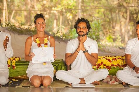 vinyasa yog teacher sunshne 3020