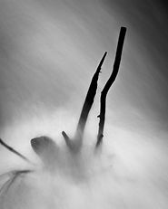 CrippsJo_Threigl Amser_Image 6-.jpg