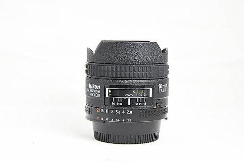 Nikon AF 16mm f/2.8 D Fisheye