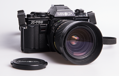 Minolta X-700 + 35-70 F/3.5