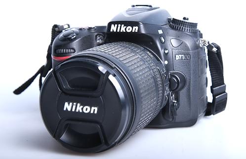 Nikon D7100 + 18-105mm VR Kit