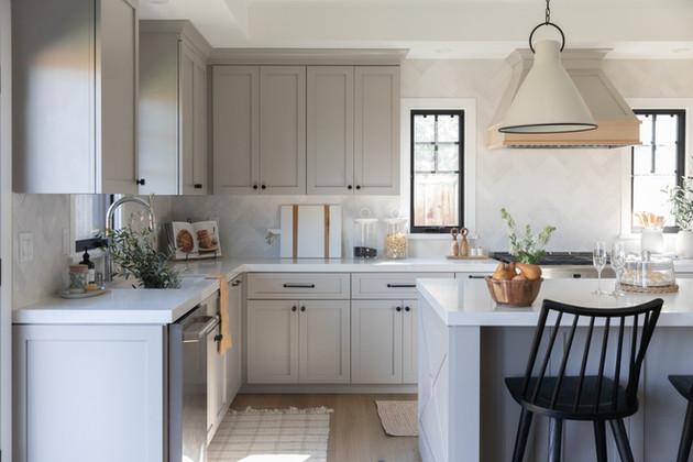 Modern Traditional Kitchen | Cabana Rehab Interiors