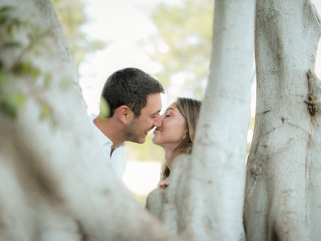 Eloping in Israel - How to tell family & friends that you're eloping