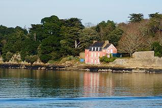 maison rose port Anna.jpg