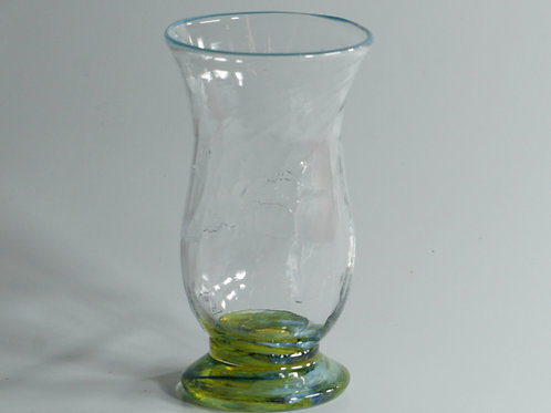 vannglass med turkis kant