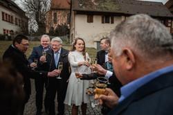 Hochzeitsfotograf-Grossgruendlach-Standesamt-Hallerschloss-Urbanerie-Stazija-und-Michael-059