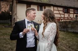 Hochzeitsfotograf-Grossgruendlach-Standesamt-Hallerschloss-Urbanerie-Stazija-und-Michael-064