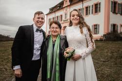 Hochzeitsfotograf-Grossgruendlach-Standesamt-Hallerschloss-Urbanerie-Stazija-und-Michael-080