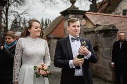Hochzeitsfotograf-Grossgruendlach-Standesamt-Hallerschloss-Urbanerie-Stazija-und-Michael-051