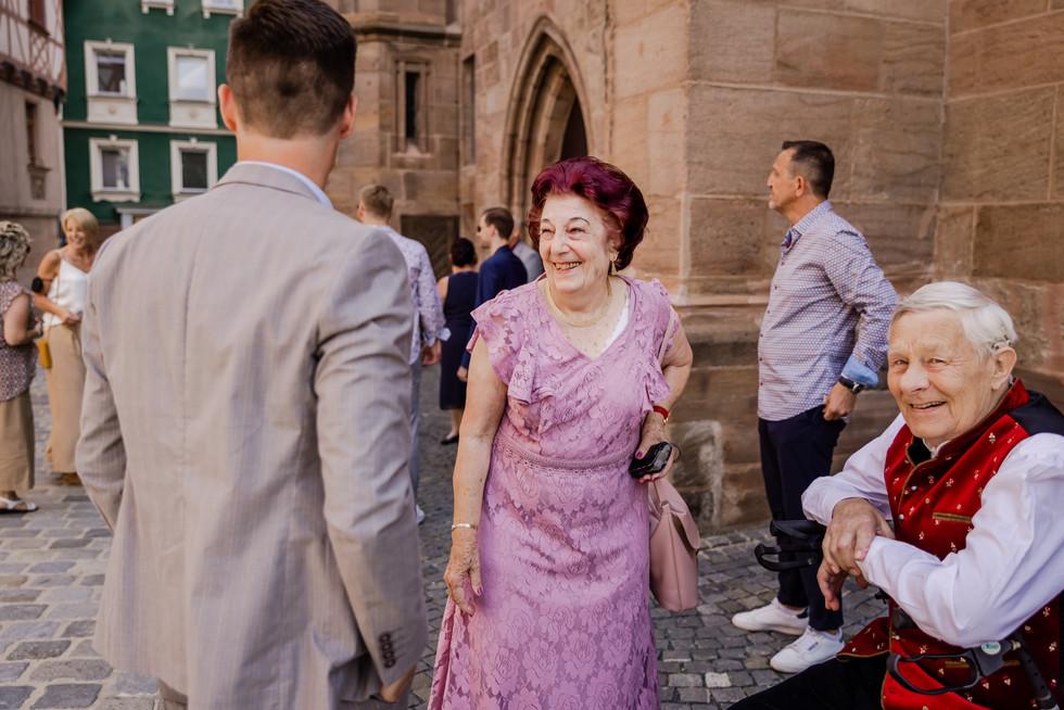 Hochzeitsfotograf_URBANERIE_Daniela_Goth_Bayern_Schwabach_Stein_210703_2021_07_03_IMG_5241