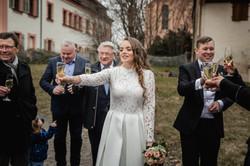 Hochzeitsfotograf-Grossgruendlach-Standesamt-Hallerschloss-Urbanerie-Stazija-und-Michael-061