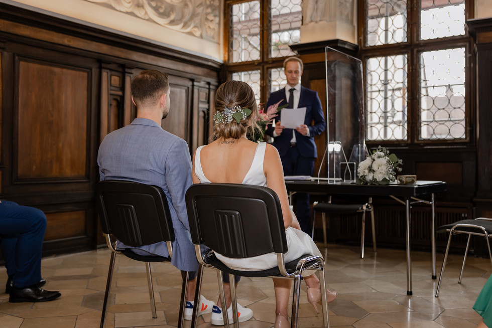 Hochzeitsfotograf_URBANERIE_Tobias_Paul_Bayern_Nürnberg_210709_Fembohaus_9B8A9055.jpg