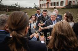 Hochzeitsfotograf-Grossgruendlach-Standesamt-Hallerschloss-Urbanerie-Stazija-und-Michael-057