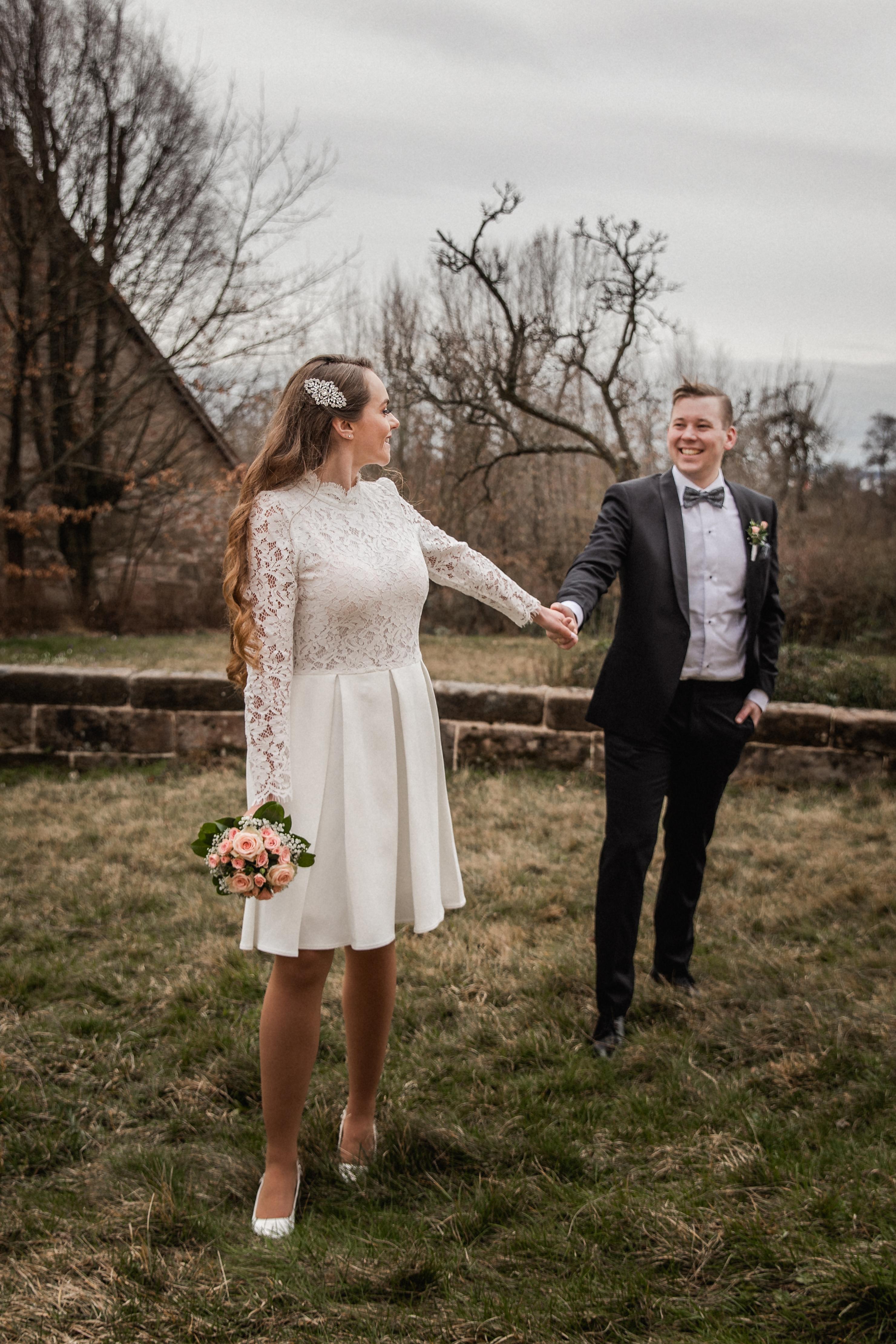 Hochzeitsfotograf-Grossgruendlach-Standesamt-Hallerschloss-Urbanerie-Stazija-und-Michael-097