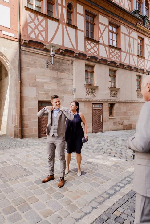 Hochzeitsfotograf_URBANERIE_Daniela_Goth_Bayern_Schwabach_Stein_210703_2021_07_03_IMG_5311