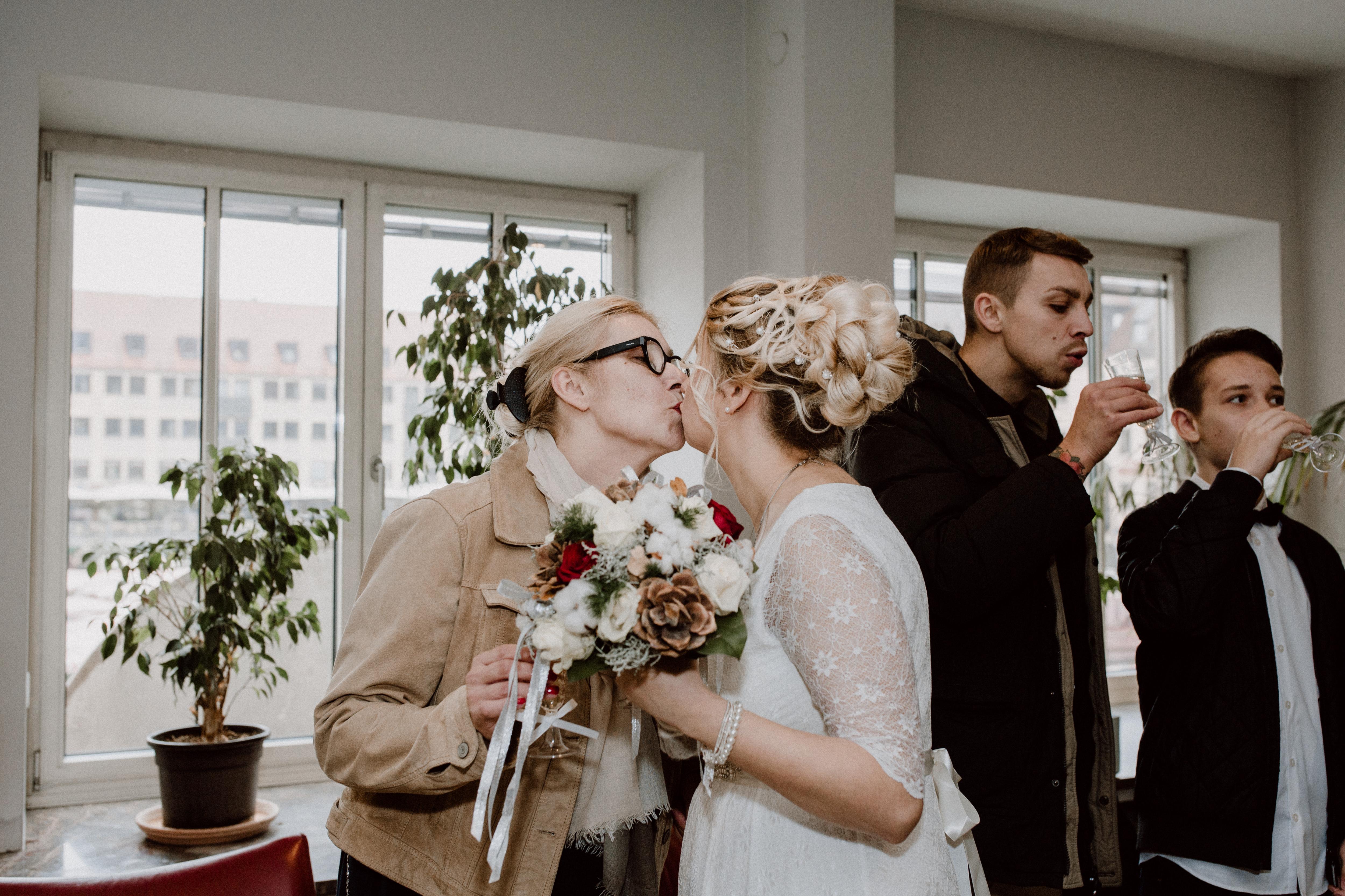URBANERIE_Daniela_Goth_Hochzeitsfotografin_Nürnberg_Fürth_Erlangen_Schwabach_171110_0276