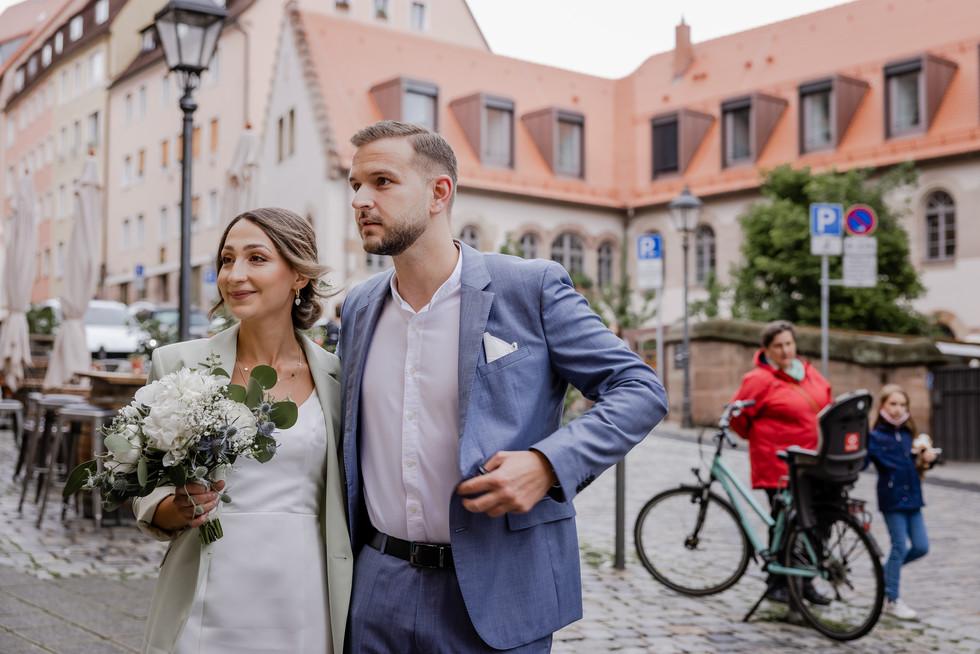 Hochzeitsfotograf_URBANERIE_Tobias_Paul_Bayern_Nürnberg_210709_Fembohaus_9B8A8885.jpg