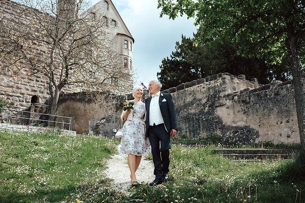 Hochzeitsfotograf_Nuernberg_Fuerth_Erlangen_Schwabach_URBANERIE_Daniela_Goth_Abenberg_170513
