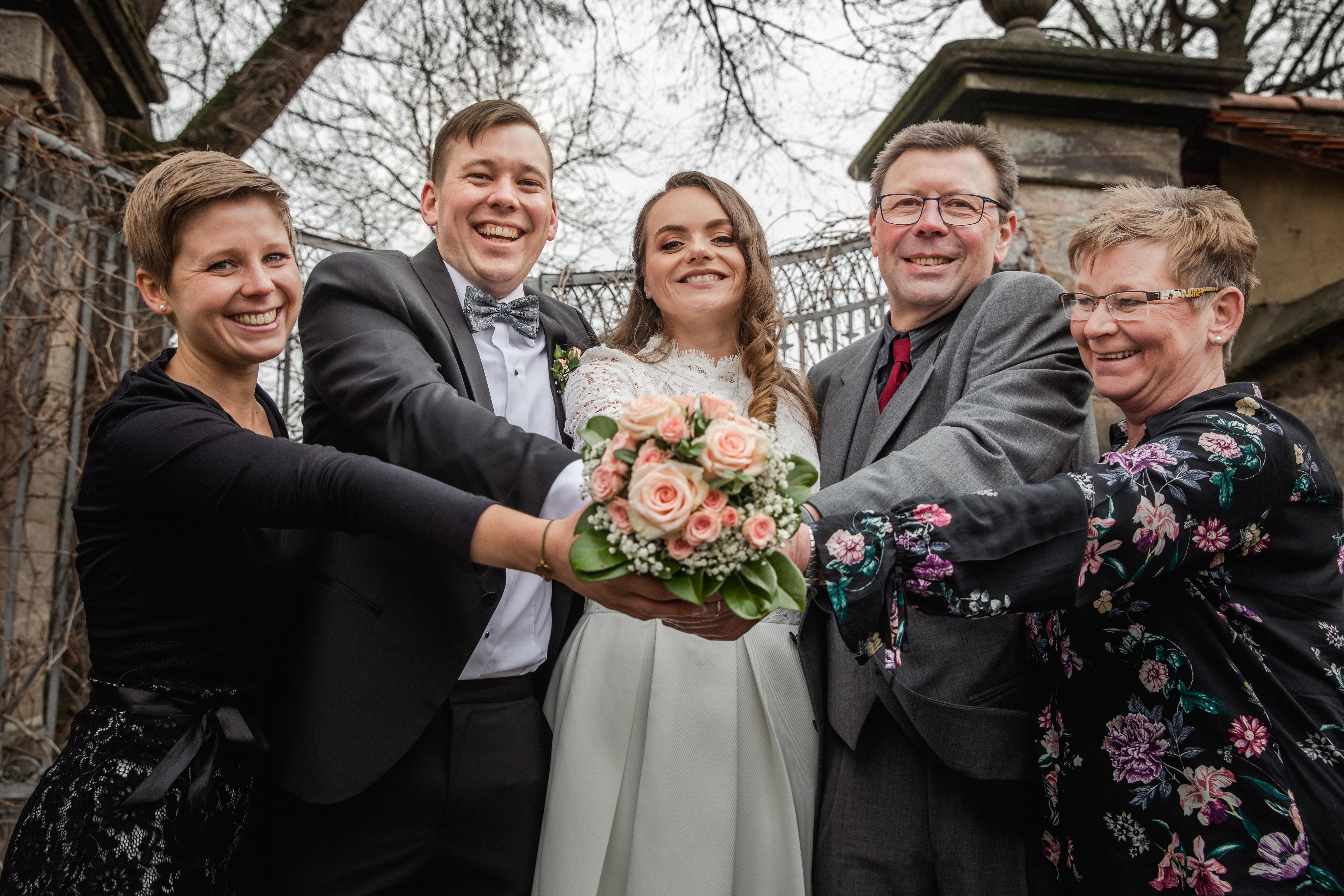 Hochzeitsfotograf-Grossgruendlach-Standesamt-Hallerschloss-Urbanerie-Stazija-und-Michael-078