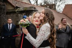 Hochzeitsfotograf-Grossgruendlach-Standesamt-Hallerschloss-Urbanerie-Stazija-und-Michael-048
