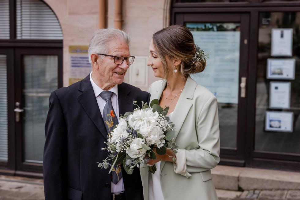 Hochzeitsfotograf_URBANERIE_Tobias_Paul_Bayern_Nürnberg_210709_Fembohaus_9B8A8978.jpg