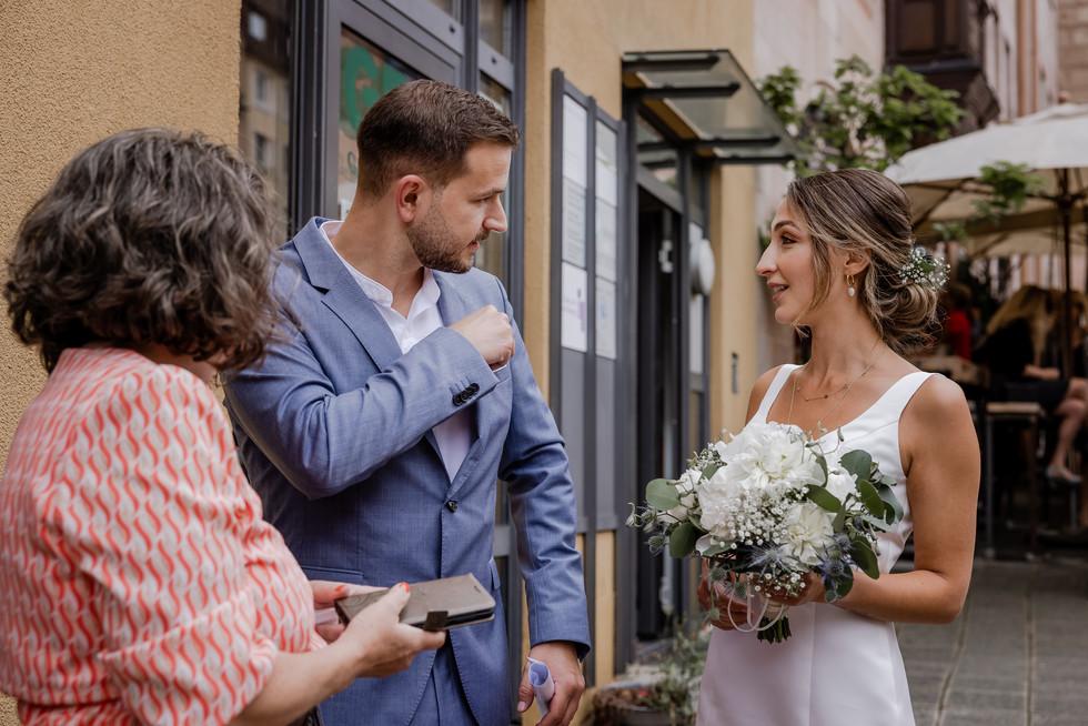Hochzeitsfotograf_URBANERIE_Tobias_Paul_Bayern_Nürnberg_210709_Fembohaus_9B8A8913.jpg