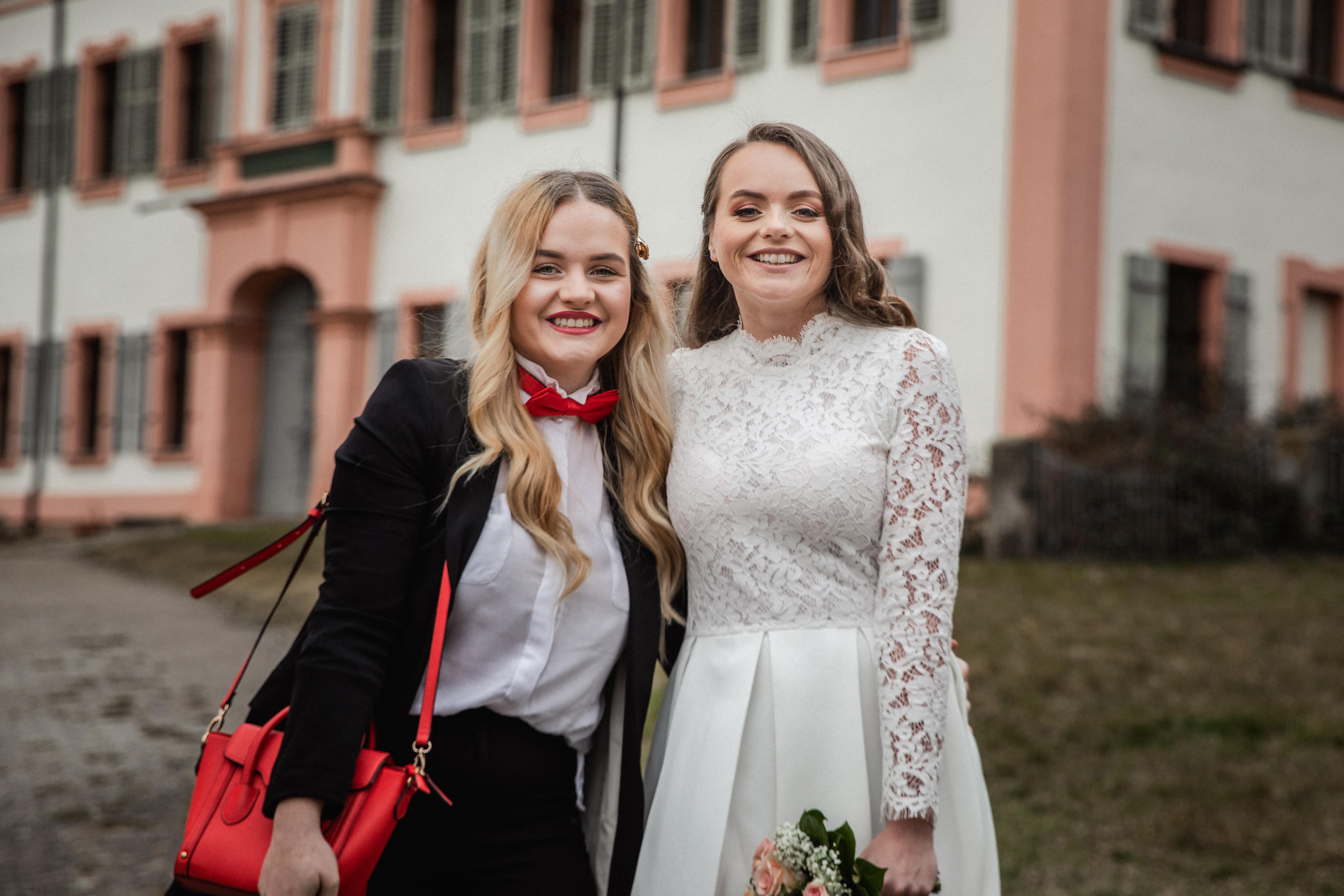 Hochzeitsfotograf-Grossgruendlach-Standesamt-Hallerschloss-Urbanerie-Stazija-und-Michael-049