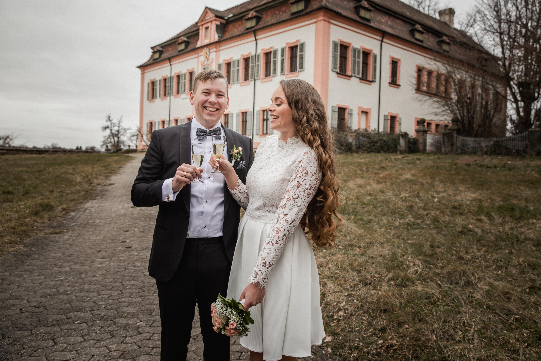 Hochzeitsfotograf-Grossgruendlach-Standesamt-Hallerschloss-Urbanerie-Stazija-und-Michael-068