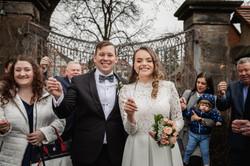 Hochzeitsfotograf-Grossgruendlach-Standesamt-Hallerschloss-Urbanerie-Stazija-und-Michael-074