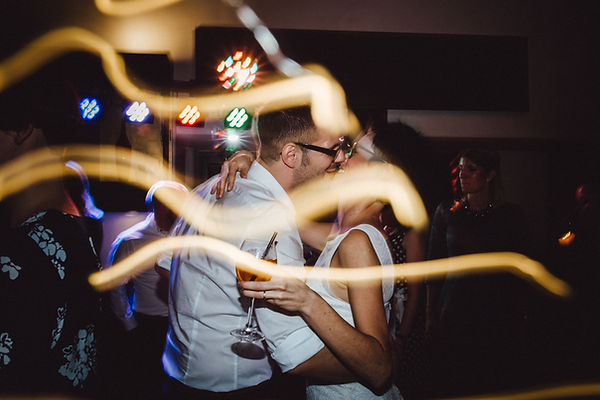 Hochzeitsfotograf_Nuernberg_Fuerth_Erlangen_Schwabach_URBANERIE_Daniela_Goth_Schwabach_Goldener_Stern_171028