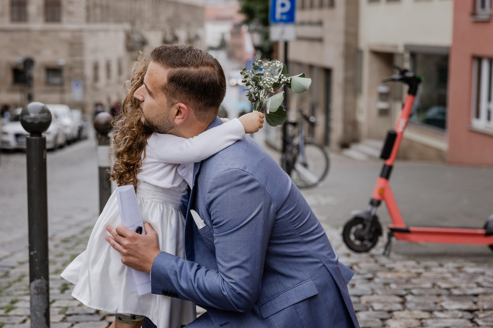 Hochzeitsfotograf_URBANERIE_Tobias_Paul_Bayern_Nürnberg_210709_Fembohaus_9B8A8851.jpg