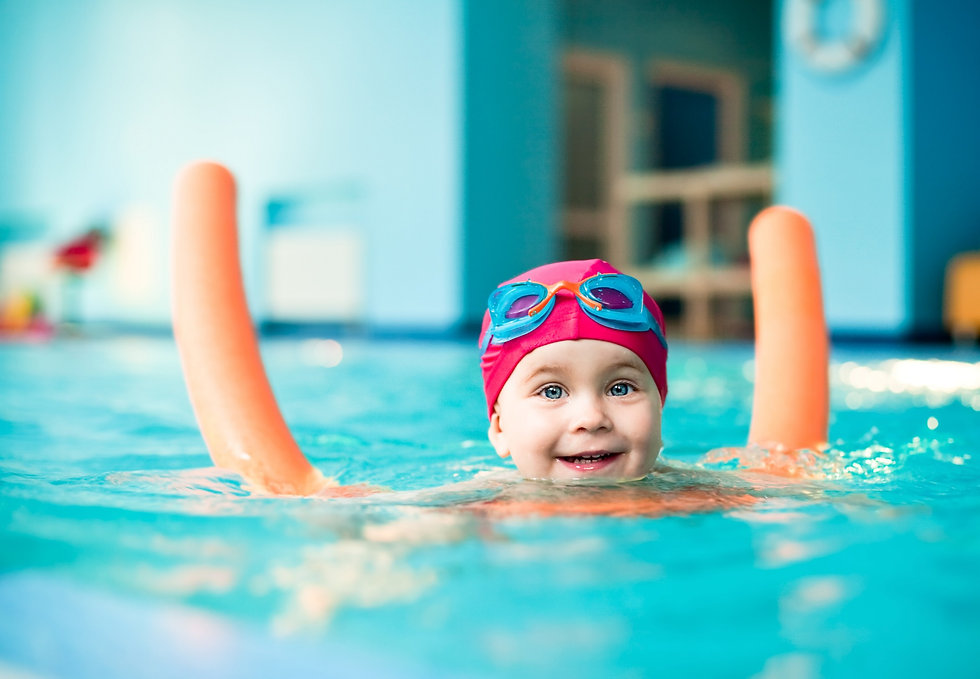 toddler swimming lesson