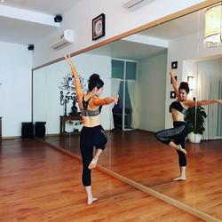 Thao Dien Eco Wellness dances
