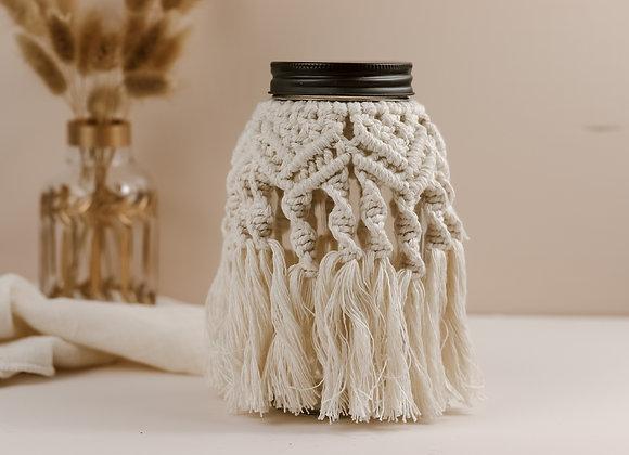 Pot décoratif en macramé