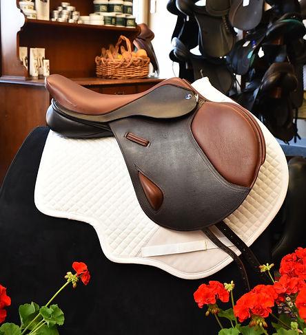 Alnwick Jump Saddle