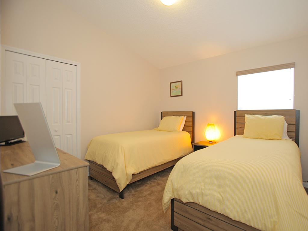 Bedroom 4 Angle b