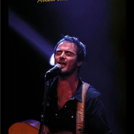 Le chanteur, Mondino chante Balavoine