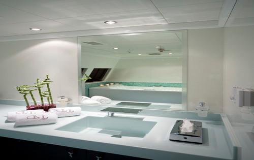 Hydrotherapy Room.jpg