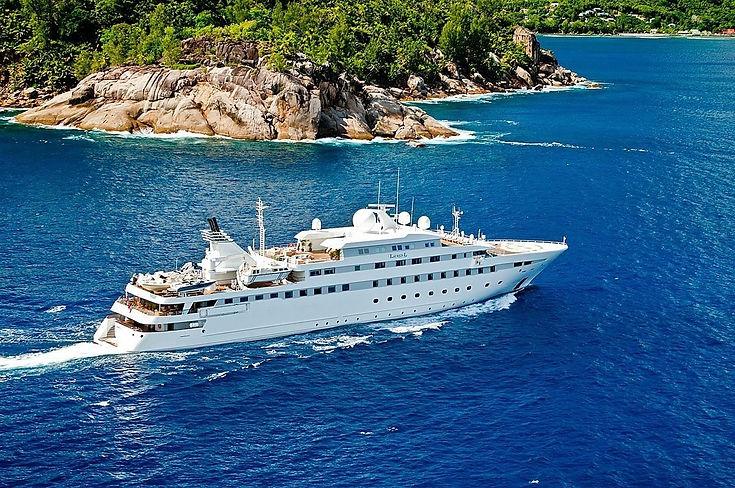 [89m-Yacht-LAUREN-L]-1040-14.jpg