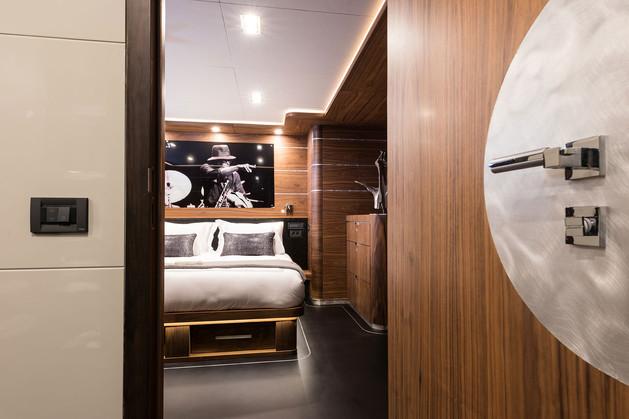 Guest Cabin 0945.jpg