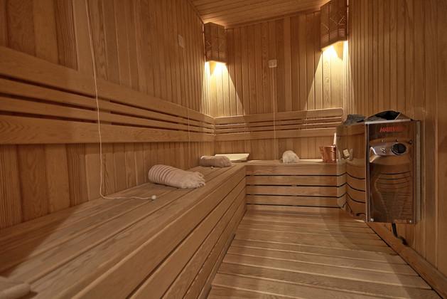 Inside superyacht sauna.jpg