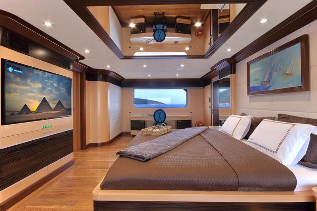 master suite bedroom area.jpg