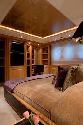 Superyacht MALIBU - VIP Cabin 2.jpg
