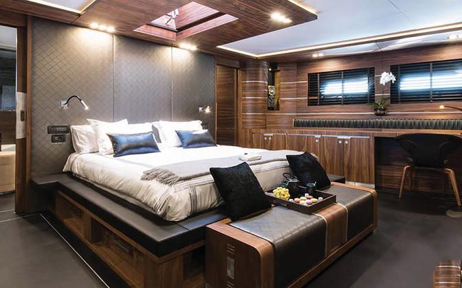 Master Cabin 8745.jpg