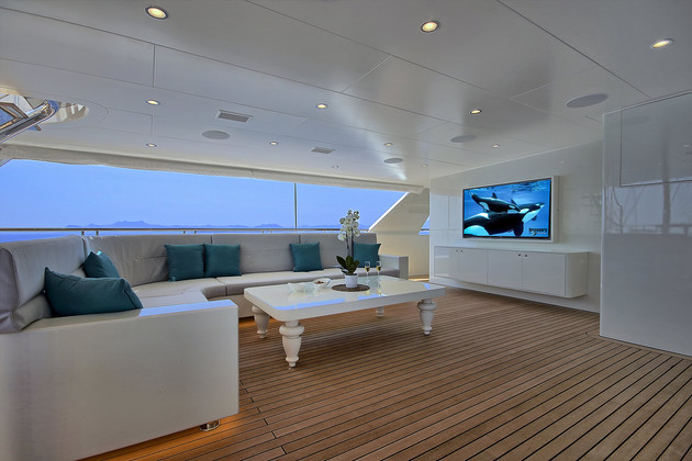 aft deck seating area with TV.jpg
