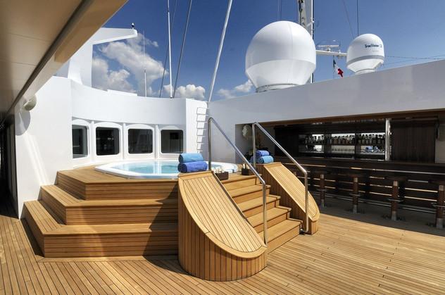 [89m-Yacht-LAUREN-L]-1040-168.jpg