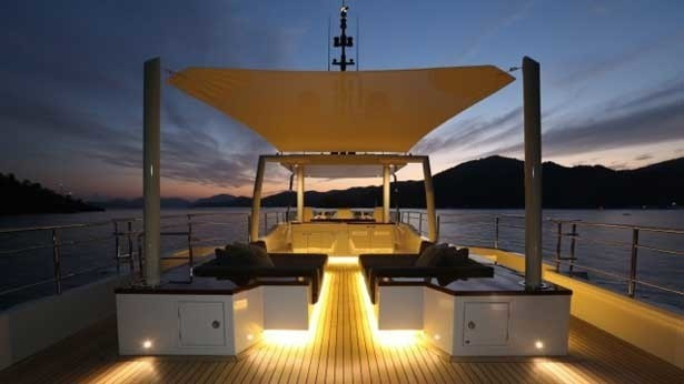 [34m-Yacht-ONLY-NOW]-7955-152.jpg