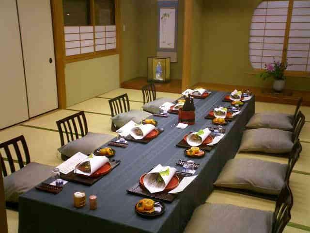 akebono食事会場イメージ.jpg